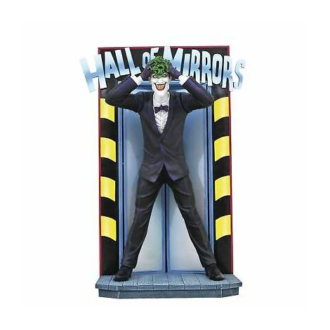 Diamond Select Toys DC Gallery - Killing Joke Joker PVC Statue (AUG192728)