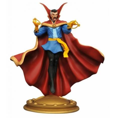Diamond Select Toys: Doctor Strange Gallery Diorama PVC Statue (JUL162621)