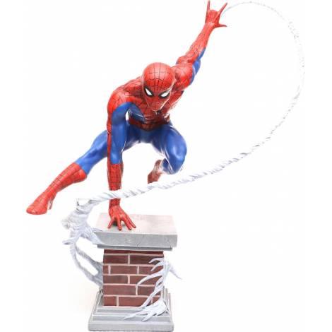 Diamond Select Toys Marvel Premiere: Amazing Spider-Man Statue (AUG172645)