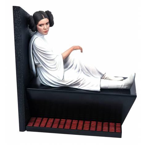 Diamond Star Wars Milestones A New Hope Leia Statue (FEB211936)