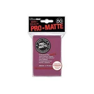 Ultra Pro - Pro Matte Standard 50 Sleeves Blackberry